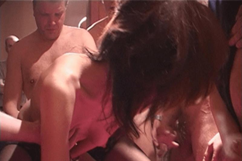gruppen-sex, kostenlos, deutsch, amateur-video gefickt sehr schnell