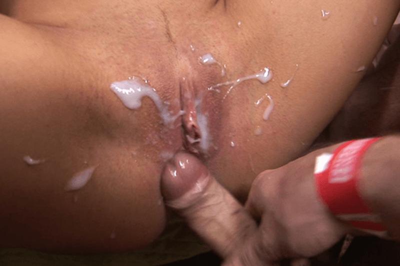 sperma in fotze spritzen extreme gangbang