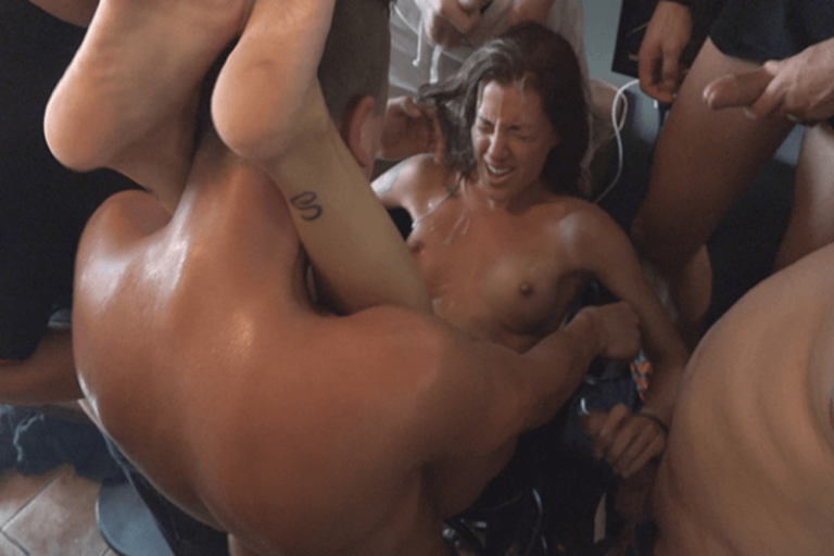 Pflegerin Hangetitten Sexmaschine Sexorgie
