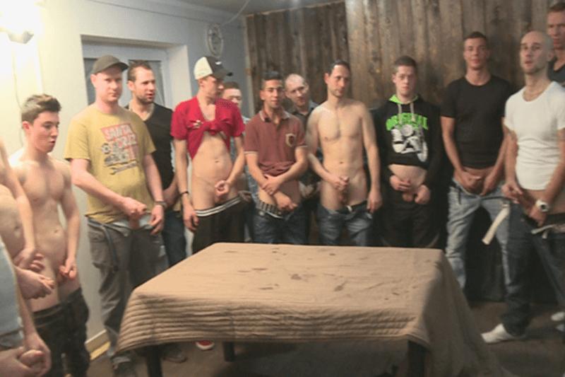 sex orgie gangbang Sperma in den mund zu prostituierten