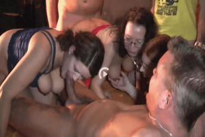 mature fisting sexparty berlin